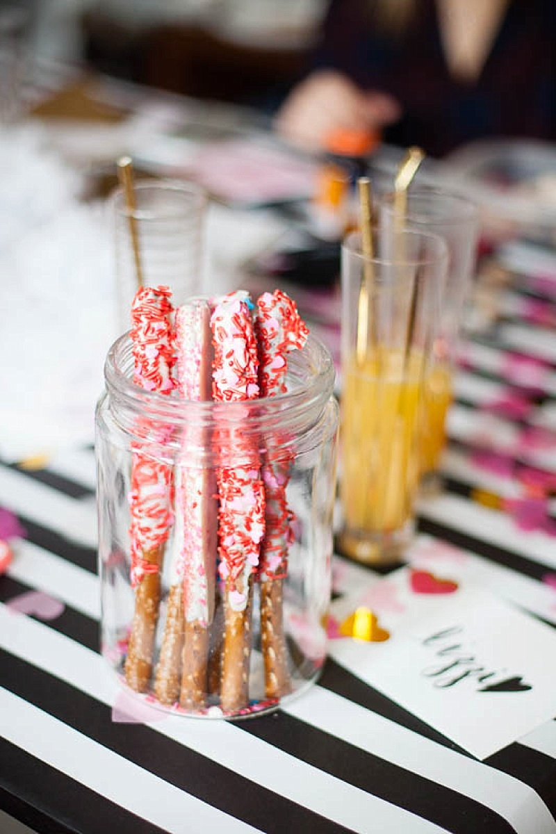 These pretzel sticks are delicious for your Galentine's Day brunch!