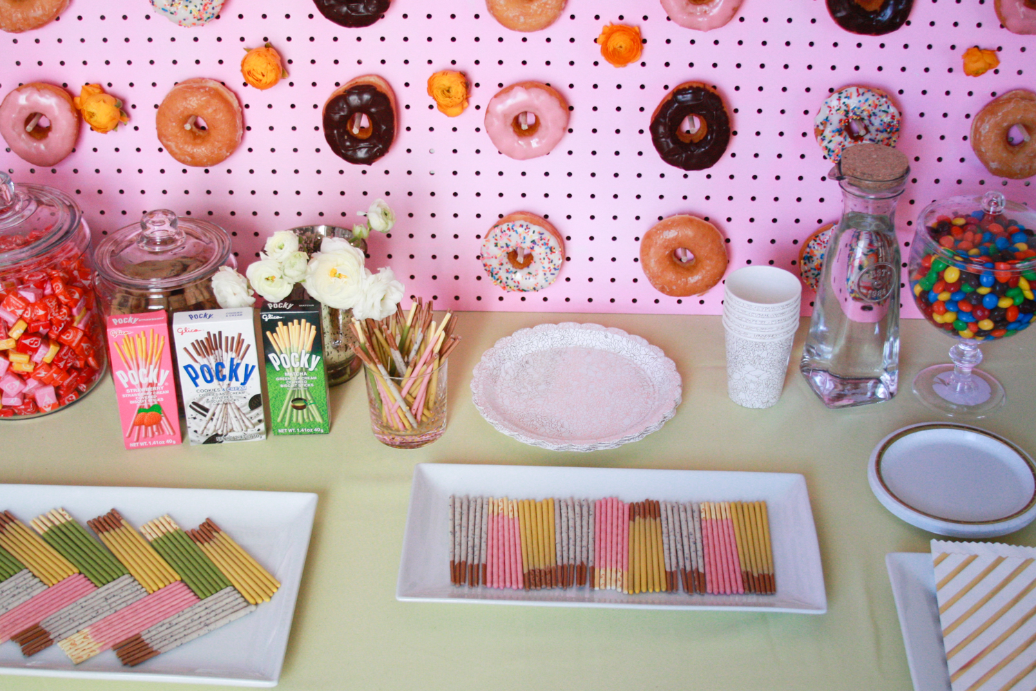 Tips for putting together your own easy dessert bar!