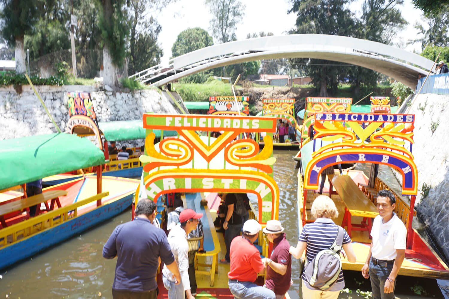 What To Do in Mexico: Floating Gardens of Xochimilco