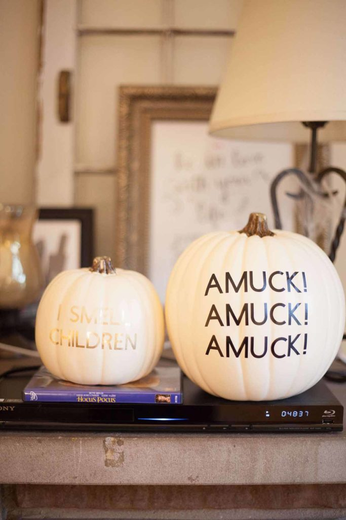 Easy DIY Cricut or Silhouette Halloween Decorations - Hocus Pocus themed! Free SVG files included.